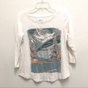 Anthropologie postmark mountain graphic T-shirt